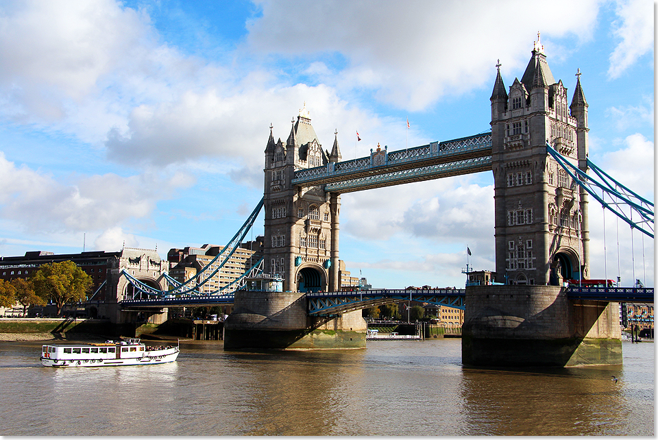 18105 13 London Zweiter Tag109 Tower Bridge 2017 Kai Ortel