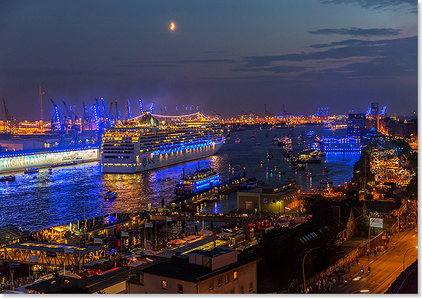 17320 events 24 7 action im hamburger hafen hier bei den cruise days copyright hhm glaubitt