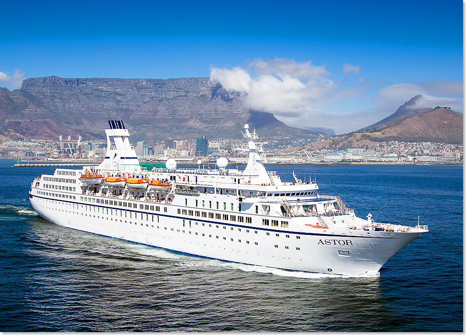 18604 ASTOR vor Cape Town 2017 Foto CMV Essex