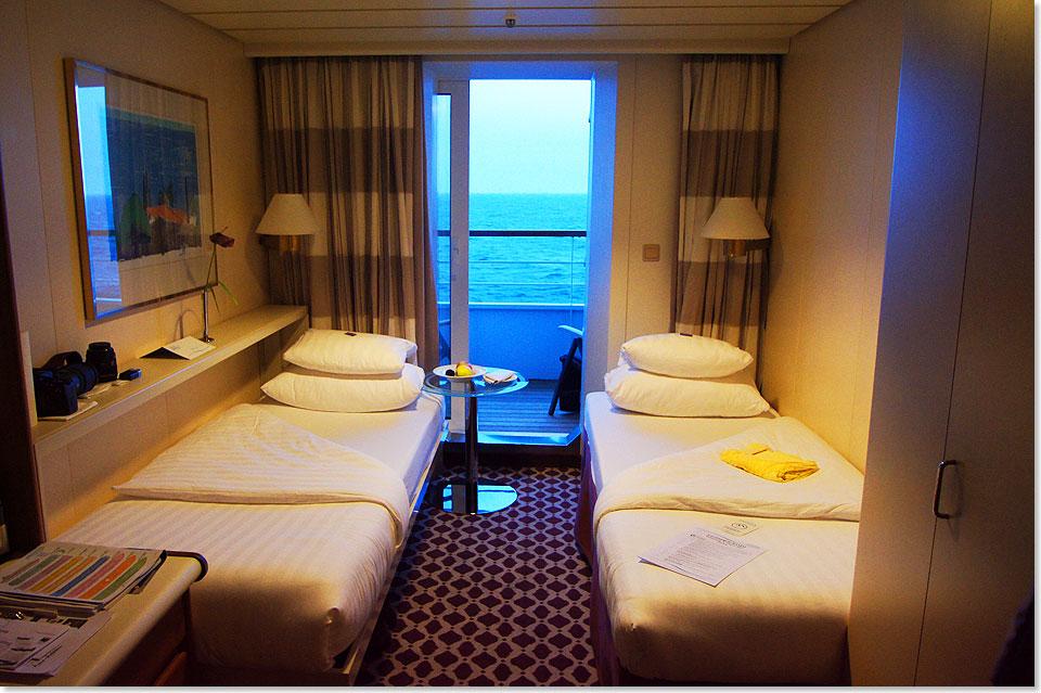 seereisenmagazin das artania schiffsportrait von dieter bromund. Black Bedroom Furniture Sets. Home Design Ideas